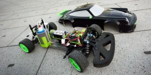 Auto op mierenzuur: Team FAST presenteert schaalmodel