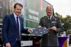 Landmacht en VDL gaan samenwerken op gebied van energietransitie