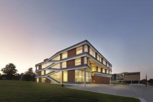 ROC Friese Poort opent eerste duurzame schoolgebouw van Nederland