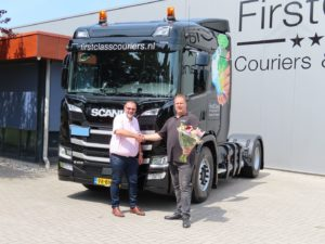 Nieuwe Scania G410 CNG voor FirstClass Couriers & Transport