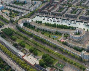Peperklip in Rotterdam, krijgt langste natuurdak van nederland
