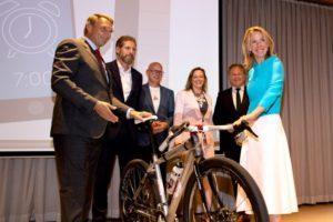 Schiphol zet in op toename woon-werkverkeer per fiets