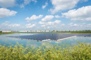 Gelderland heeft grootste drijvende zonnepark van Nederland