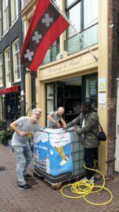 Hemelswater, een Amsterdams bier gemaakt van regenwater.
