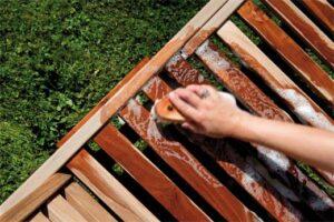 Zo blijven je (hard)hout – en composiet tuinmaterialen mooi