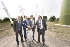 HEINEKEN Nederland neemt vier windturbines officieel in gebruik
