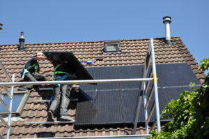 60% groeispurt voor zonnestroom op huurdaken van woningcorporaties in Nederland