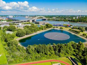 Evides opent Europa's grootste zonvolgende drijvende zonnepark