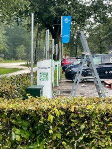 PowerGo plaatst groene laadpalen op vakantieparken TopParken