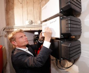 Honderdduizendste thuisaccu in Duitsland van SOLARWATT