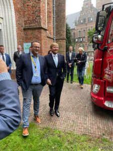 Koning onder de indruk van waterstoftruck Hyzon Motors Europe B.V.