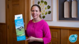 Keurmerk On the way to PlanetProof: minister ontvangt miljardste liter duurzamere melk