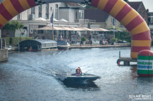 Solar Boat Twente toch gefinished na moeizame start