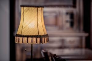 Vattenfall en Signify voorzien kringloopwinkels van 47.000 LED-lampen