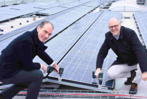 Ruim 2500 zonnepanelen vergroenen cateraar Maison van den Boer