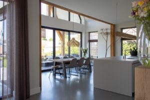 Een stijlvolle gietvloer als duurzame optie voor jouw huis of pand