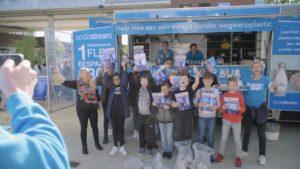 Leerlingen Zaltbommel verzamelen bijna 4.000 stuks plastic afval