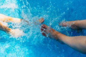 Duurzame filter/waterpomp in het zwembad
