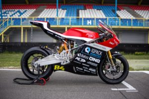 Electric Superbike Twente onthult elektrisch racemonster