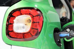 Via nieuwe autobelastingen naar verkeer zonder uitstoot