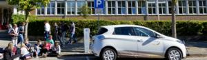 Europese primeur Utrecht: 20 volledig elektrische auto's op zon geladen na zonsondergang