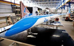 Energiezuinige Flying-V: TU Delft presenteert schaalmodel en cabine