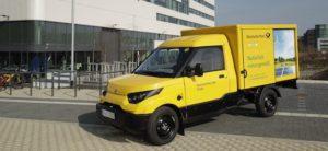 Vervoersbedrijf DHL gaat elektrische busjes verkopen