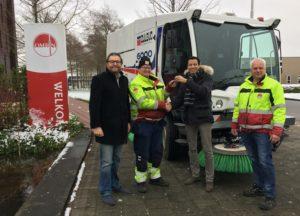 Duurzame stappen met eerste straatveegmachine op Groengas in Nederland