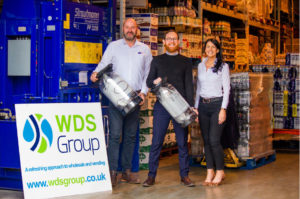 Familiebedrijf voorkomt dat plastic drankfusten op de vuilstort belanden