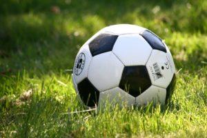 """KNVB en ENGIE streven naar minder CO2-uitstoot door """"voetbalverkeer"""""""
