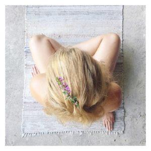 Flow Cosmetics helpt u terug te roeien naar wat voor u het belangrijkst is.